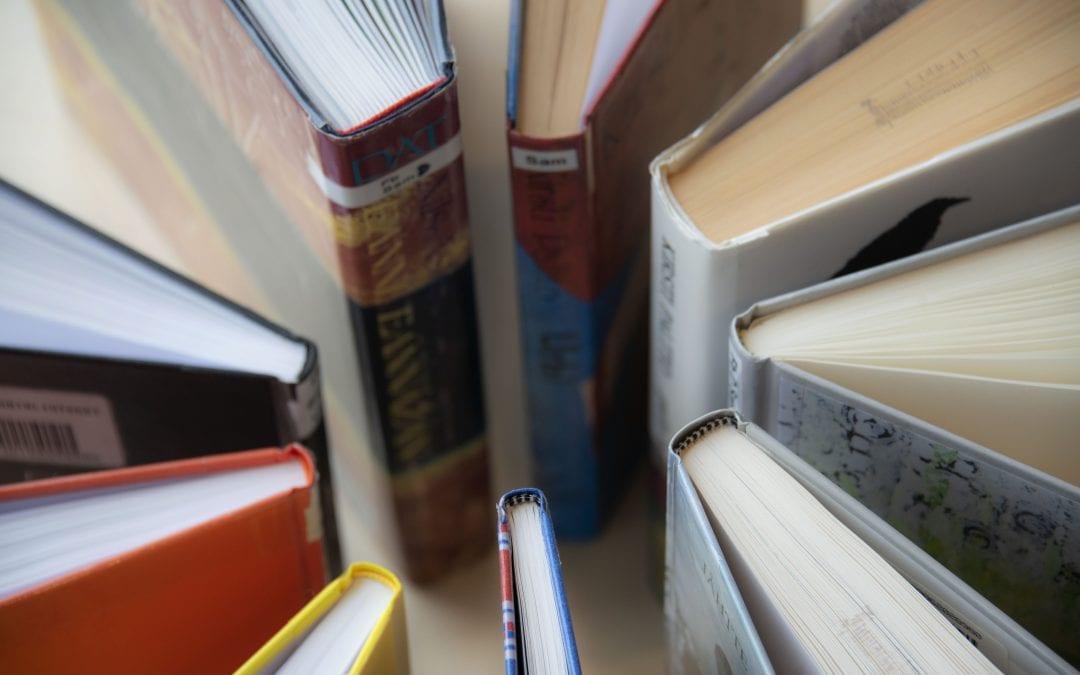 Lytt | Prat : Høytlesningsgruppe på biblioteket